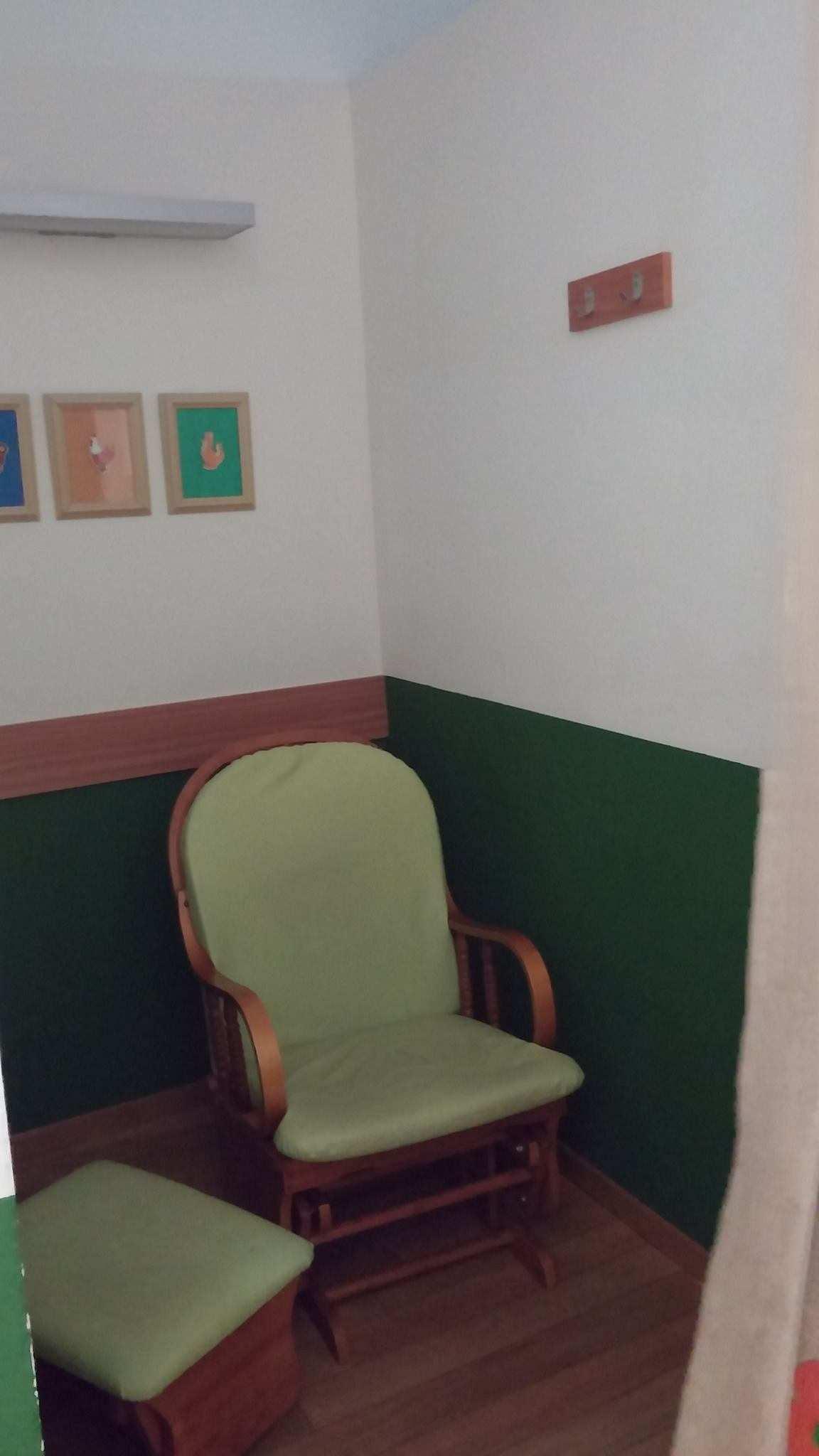 Tel Aviv Airport Nursing mothers room pic2