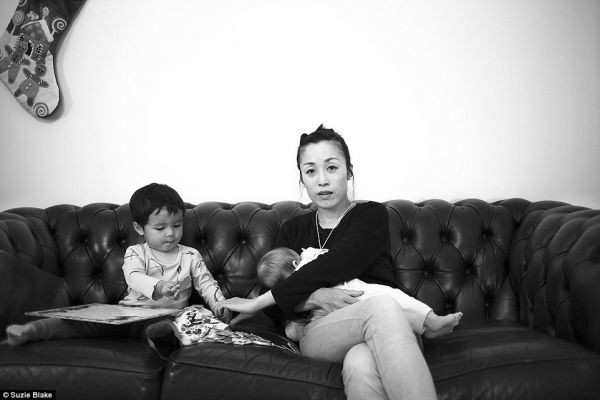 "Melbourne Mom:  ""This is What Breastfeeding Looks Like"""