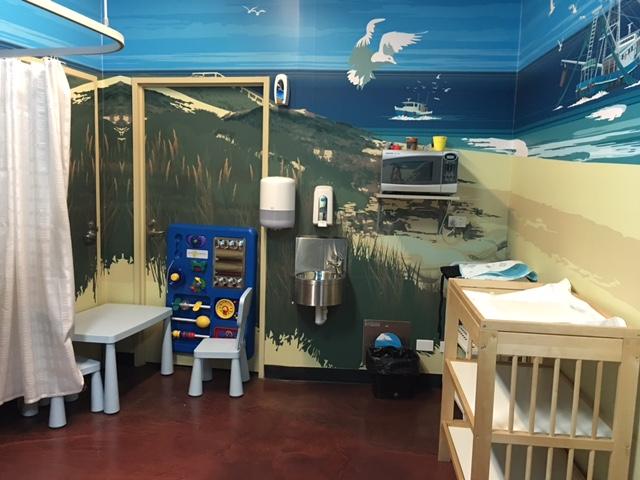 Photo of sealife melbourne aquarium victoria parents room.