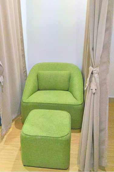 mactan cebu international airport phillipines nursing mothers room couch ottoman