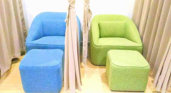 mactan cebu international airport phillipines nursing mothers room couch ottoman3