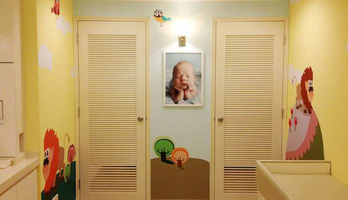 takashimaya shopping centre singapore nursing mothers room pic2