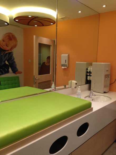 velocity sporting store novena mall singpore nursing mothers room pic2
