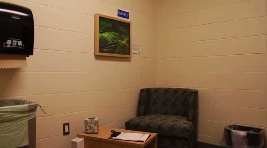 grand valley state university allendale james h zumberge breastfeeding nursing mothers lactation room pic5