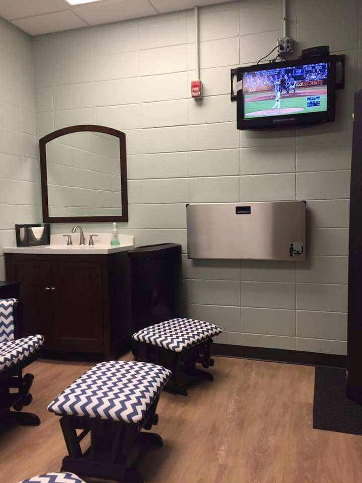 Kansas City Royals Baseball Kaufman Stadium Breastfeeding Nursing Mothers Room Pic2