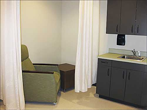 sterne library university of alabama breastfeeding nursing mothers lactation room pic2